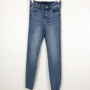 Celebrity High Rise Ankle Skinny Jeans Size 5/27
